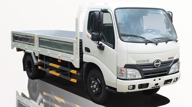 Giá xe tải 4 tấn Hino