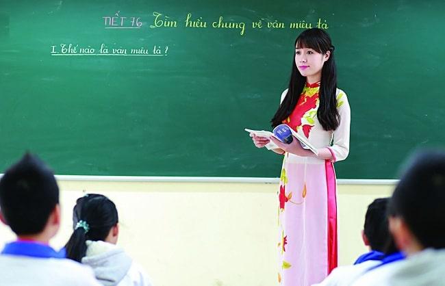 Top 10 bài văn tả cô giáo: Cô chủ nhiệm tuyệt vời của em